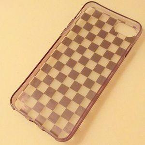 Accessories - iPhone 6s/7/8 gold checker case